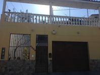 Casa en venta-El Rubí