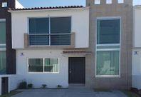 Hermosa casa en El Refugio, 4 recámaras, Bóveda Catalana, Estancia AMPLIA, LINDA