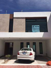 Casa en residencial santa fe