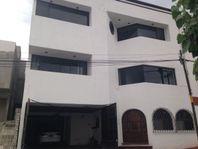 Casa de Oportunidad, Loma Dorada, con vista panorámica de la Ciudad de Querétaro