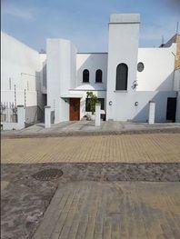 Bonita Casa al Norte de Cuernavaca Lomas de Ahuatlán $3,000,000