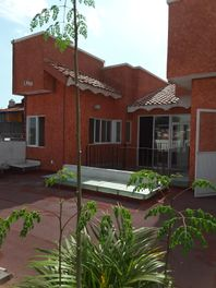 """Edificio para Oficinas o Consultorios en Cuernavaca, """"Palmas"""" nuevo"""
