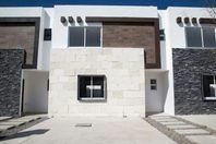 Casas En Venta / Zana Residencial / Celaya, Gto