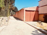 Espaciosas Bodegas, amplia  oficina y gran casa en San Miguel Ajusco