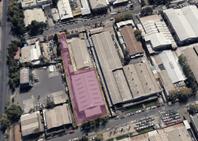 Bodega (1.000 m2) + Oficinas (200 m2) sobre terreno de 2.100 m2, en La Reina