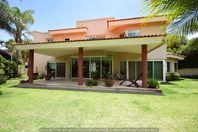 Hermosa casa en venta Club de Golf Santa Anita zona Sur