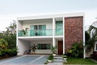 Hermosa Casa en Playa Magna