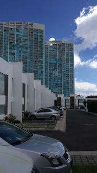 Preciosa Casa en Santa Fe Juriquilla, 3 Recámaras, Jardín, Junto a Superama..