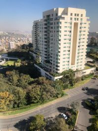 DEPARTAMENTO IMPECABLE EN LOMAS COUNTRY