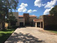 En venta residencia en La Ceiba Club de Golf