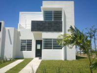 Casa en Venta en FRACC. SANTA SOFIA