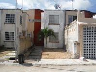 Casa en Venta en Supermanzana 529