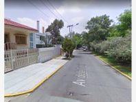 Casa en Venta en Lomas de Tecamachalco