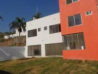 Casa en Venta en Lomas Tzompantle
