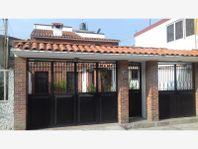 Casa en Venta en Santa Cruz Atzcapotzaltongo