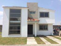 Casa en Venta en CONDADO DEL VALLE COUNTRY CLUB & RESIDENCES