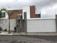 Casa en Venta en PRIVADA JURIQUILLA