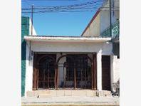 Casa en Venta en CENTRO DE SAN NICOLAS DE LOS GARZA NL