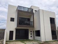 Casa en Venta en FRAC CUMBRES DEL SUR