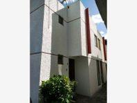Casa en Venta en Lomas del Marmol