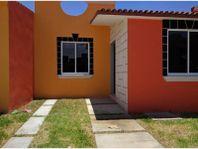 Casa en Venta en Fracc. Real de Joyas 2a. Secc
