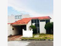 Casa en Venta en Costa de Oro 1ra Secc