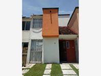 Casa en Venta en Fracc. Paseos de Xochitepec