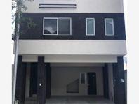 Casa en Venta en RESIDENCIAL DE LA SIERRA
