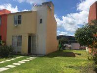 Casa en Venta en Unidad Hab Arroyos de Xochitepec