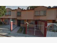 Casa en Venta en Conjunto Hab Jalatlaco