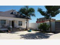 Casa en Venta en Los Arboles hermosa residencia con 600m2 de terreno