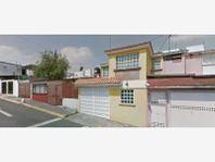 Casa en Venta en Fracc Lomas Cantera