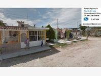 Casa en Venta en Lomas de Coapinole