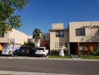 Casa en Venta en  Puerta Real Residencial