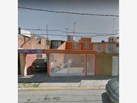 Casa en Venta en UNIDAD HABITACIONAL SAN ANTONIO
