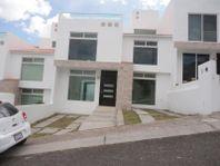Casa en Venta en Punta Opalo