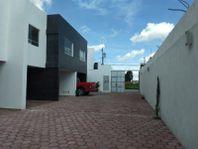Casa en Venta en San Rafael Comac