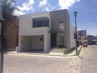 Casa en Renta en renta en Alta Vista, entrada por periférico junto a Lomas de Angelopolis