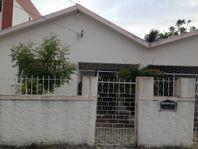 Casa no bairro Tambauzinho Ref. A