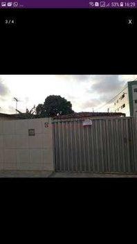 2 casas em terreno 12x25 no Geisel
