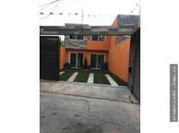 Venta de Casa Sola en el Centro de Jiutepec