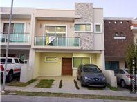 Casa 76-D con Roof Garden La Cima