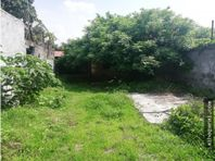 Casa en Jardines de Tezoyuca