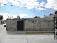 Terreno San Cayetano, Pachuca Hgo, construcciones.