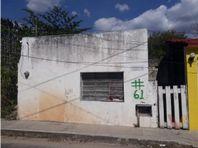 Espaciosa propiedad en venta en Sisal