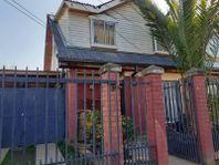 Vendemos casa muy bien ubicada, Villa Doña Ignacia