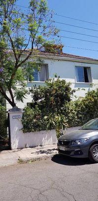 Barrio Dalmacia, Providencia, casa 7 habitaciones, 3 baños