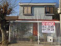 Hermosa Casa de 2 pisos, Sector Gabriela Oriente, Puente Alt