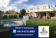 Casa Mediterránea en venta - Santa Elena de Chicureo