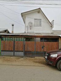 Casa en Linares Sector Huapi (Cerca reten carabineros)